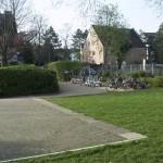 Unser Roller- und Fahrradparkplatz